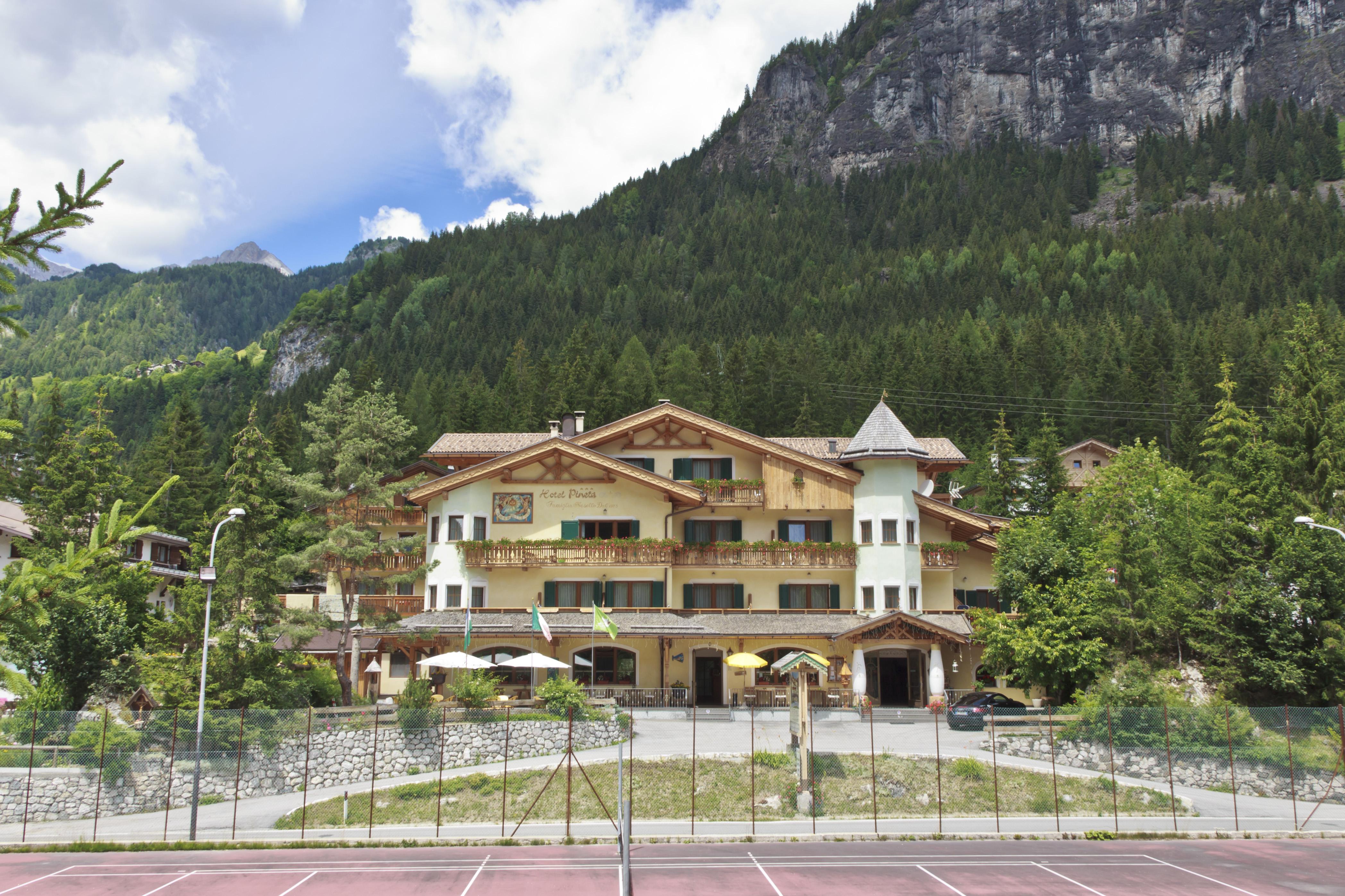 Hotel Estate 1